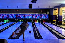 Sr. EYC Goes Bowling at Sarasota Lanes